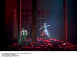 Stig Andersen (Siegmund) i Gitta-Maria Sjöberg (Sieglinde) en el final del segon acte