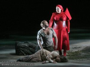 Die Walküre - Bayreuth act 2on: Endrik Wottrich (Siegmund) i Linda Watson (Brünnhilde)