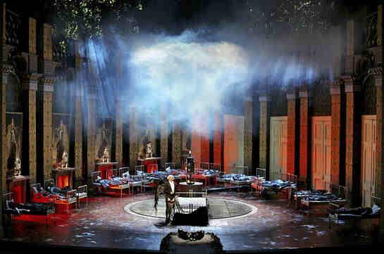 Parsifal - 2on acte - Producció de Stefan Herheim