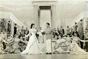 "Kathryn Grayson i Mario Lanza en ""That midnight kiss""-1949"