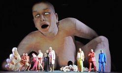 Le Grand Macabre de György Ligeti. Producció de La Fura dels Baus, direcció Alex Ollé
