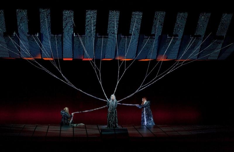 Götterdämmerung al MET 2012 Primera escena pròleg Foto/Metropolitan Opera, Ken Howard