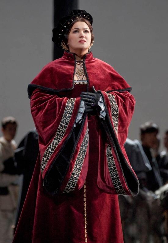 Anna Netrebko a l'Anna Bolena del MET producció de David McVicar. ´Foto Ken Howard Met