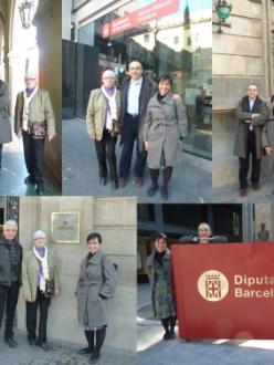 La Teresa, la Marga, en Josep i jo en cadascuna de les seus on hem fet entrega de les signatures recollides per la plataforma ProLiceu