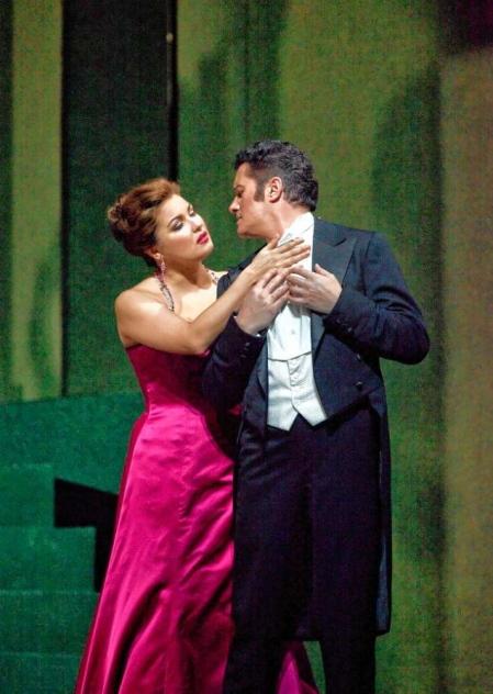 Anna Netrebko i Piotr Beczala a Manon (MET 2012) Foto Ken Howard/Metropolitan Opera