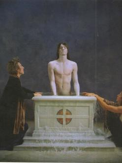 Imatge d'Emergence de Bill Viola (2002)encàrrec del J.Paul Getty Museum Foto Kira Perov