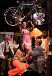 Stephanie d'Oustrac (Concepción)n a L'heure espagnole, producció de Laurent Pelly a Glyndebourne 2012 Foto Simon Annand