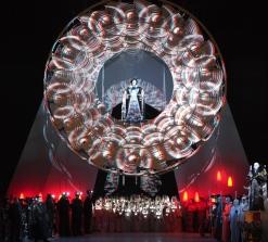Turandot a la Bayerischen Staatsoper de Munic. Producció de Carlus Padrissa-La Fura dels Baus