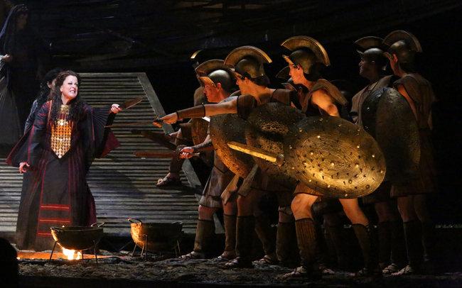 Deborah Voigt, Cassandra a la producció del MET 2012/ 13 de Les Troyens. Producció de Francesca Zambello