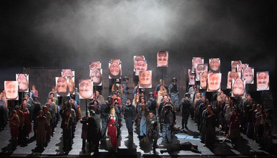 Boris Godunov a la Staatsoper de Munic, producció de Calixto Bieito