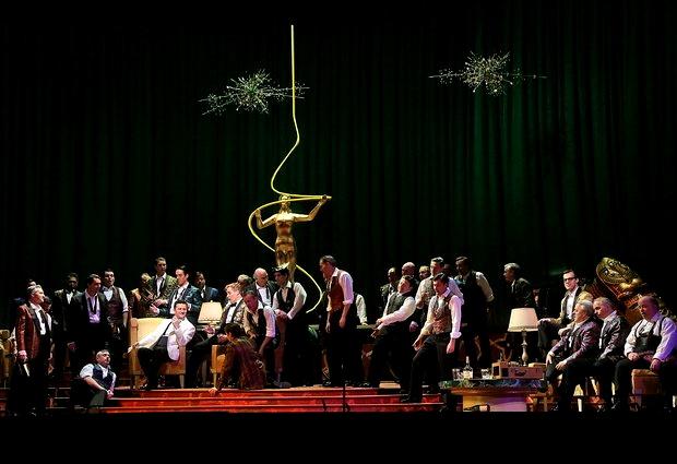Rigoletto al MET 2013, producció de Michael Mayer. Foto Ken Howard/MET