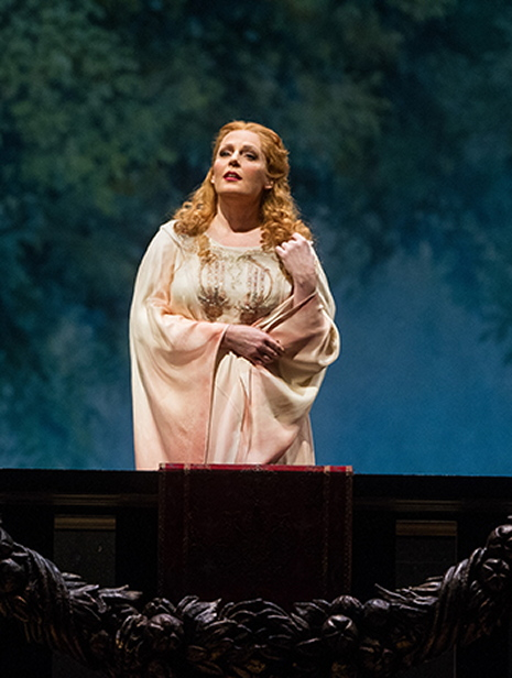 Eva-Maria Westbroek (Francesca da Rimini) Marty Sohl/Metropolitan Opera