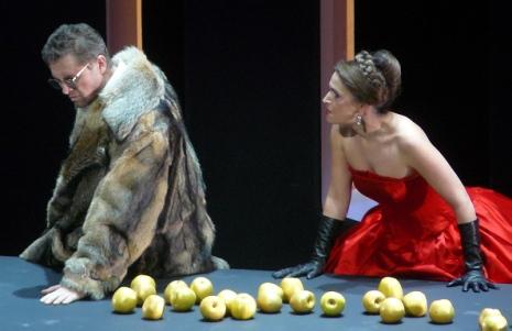 Egils Silins (Wotan) i Sophie Koch (Fricka) a Die walküre a l'ONP. Producció de Günter Krämer