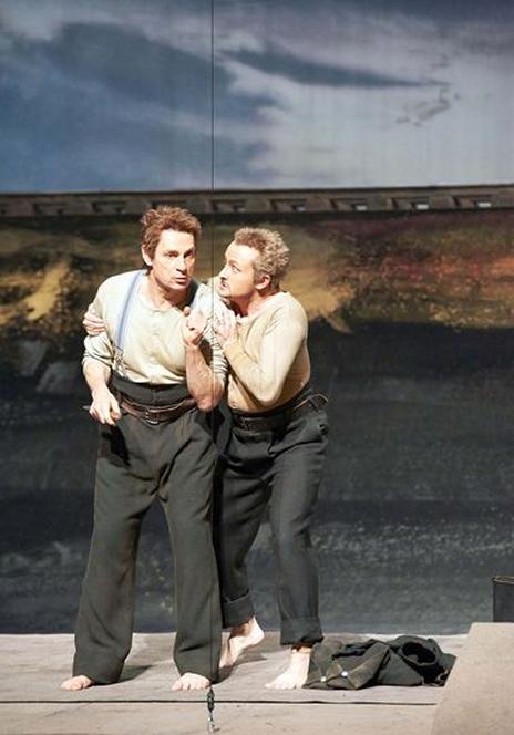 Simon Keenlyside i Norbert Ernst en la producció de  Wozzeck a Viena 2013