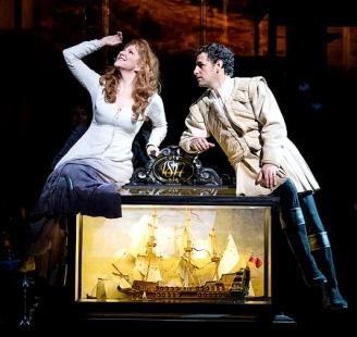 Joyce di DoDano i Juan Diego Flórez a La donna del lago a la ROH, producció de John Fulljames. Foto Bill Cooper
