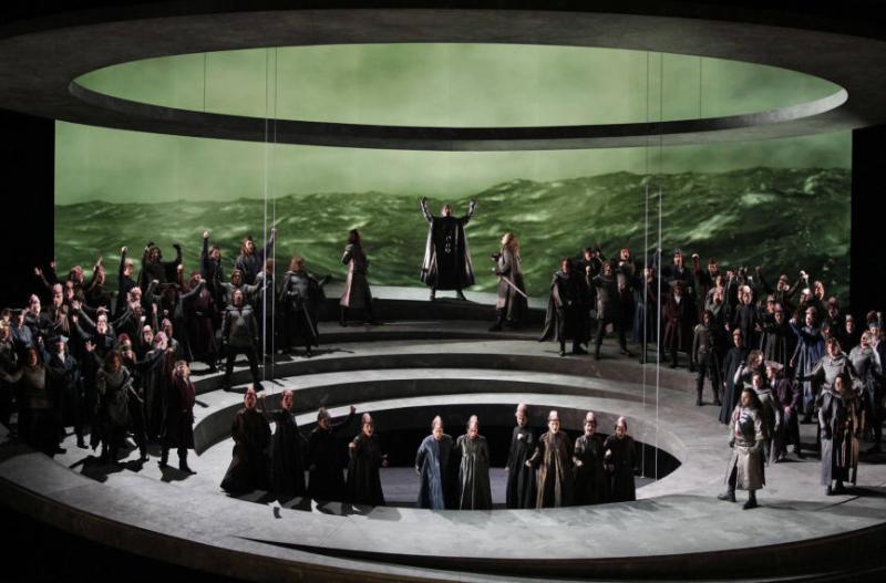Otello, acte 1er, producció de Davide Livermore per a Les Arts