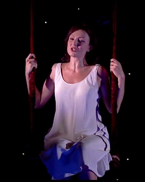 Irina Lungu (Gilda) a Rigoletto, producció de Robert Carsen a Aix-en-Provence 2013