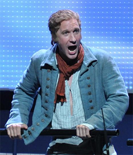 El baríton Jacques Imbrailo com a Billy Budd al Royal Albert Hall de Londres. Fotografia de Chris Christodoulou/BBC