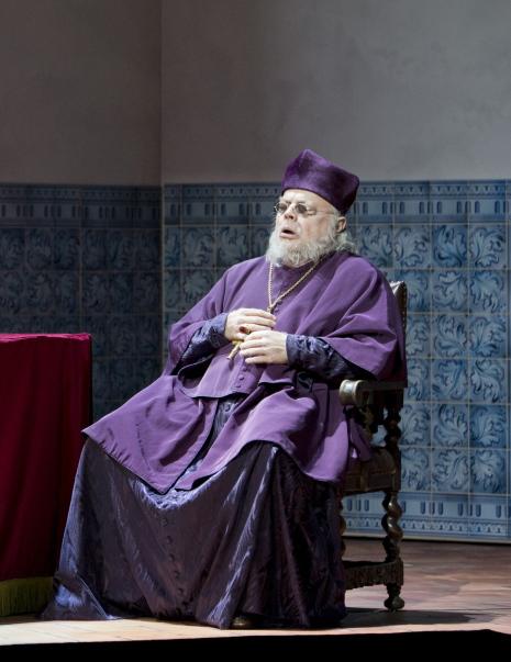 Eric Halfvarson (Il Grande Inquisitore) al Don Carlo a Salzburg 2013. Foto Monika Rittershaus