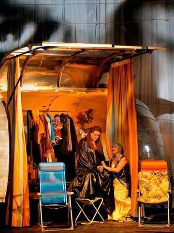 Götterdämmerung, acte 1er bayreuth 2013. Waltraute Claudia Mahnke i Brünnhilde Catherine Foster. Foto Enrico
