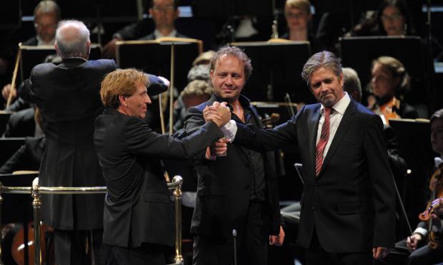 Schager (Siegfried)-Petrenko (Hagen) i Grochowski (Gunter) a  Götterdämmerung als  PROMS del 28 de juliol de 2013. Foto BBC/Chris Christodoulou