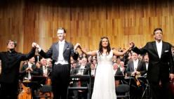 Antonio Pappano, Ian Bostridge, Anna Netrenbo, Thomas Hampson el 18 d'agost de 2013 al Festival de Salzburg. Foto: anna-netrebko.blogspot.com