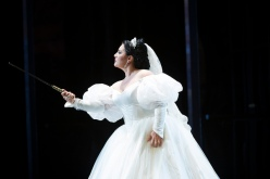 Lianna Haroutounian as Helene in Les Vêpres siciliennes © ROH / Bill Cooper