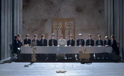 Dialogues des Carmélites al Théâtre des Champs-Elysées de París, Producció de Olivier Py. Photo : Vincent PONTET/WikiSpectacle