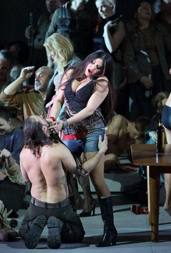 La Forza del destino (Verdi) Nadia Krasteva (Preziosilla) Bayerische Staatsoper