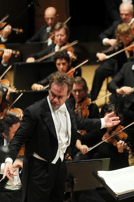 Jonathan Nott dirigint Der Ring des Nibelungen amb la Bamberger Symphoniker al Festival de Lucerna 2013. ©Peter Fischli / Lucerne Festival