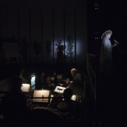 Alberto García Demestres, autor i director musical a L'Eclipsi al TNC. Fotografia © May/Zircus-TNC