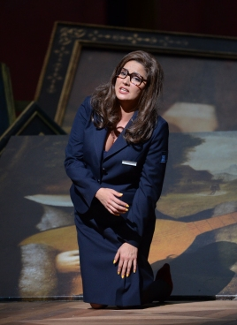 Anna Netrebko a Il Trovatore Salzburg 2014 Producció Alvis Hermanis Fotografia © Salzburger Festspiele / Forster