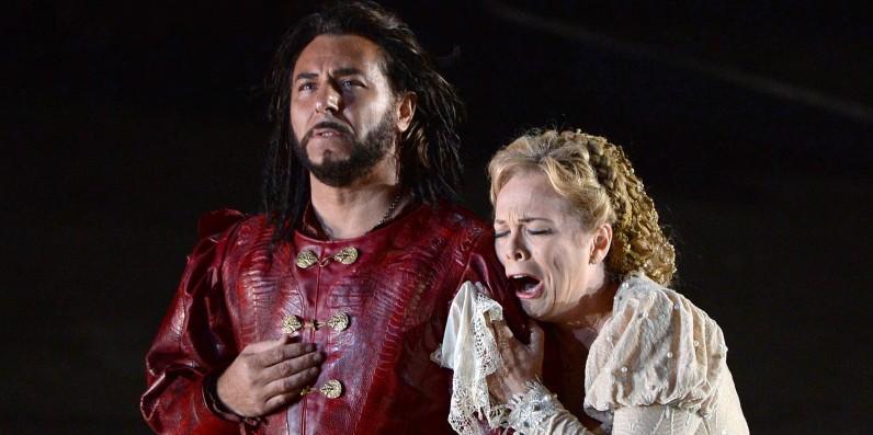 Roberto Alagna i Inva Mula a Otello, Orange 2014 © BORIS HORVAT / AFP