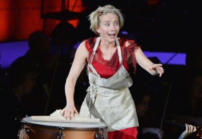 Emma Thompson Mrs Lovett a Sweeney Todd març de 2014 Avery Fisher New York PHOTO BY MIKE COPPOLA/GETTY IMAGES