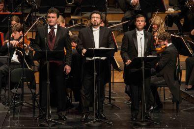LA FAVORITE 2014 • LUDOVIC TÉZIER (ALPHONSE XI), CARLO COLOMBARA (BALTHAZAR), DAVID PORTILLO (DON GASPAR), MÜNCHNER RUNDFUNKORCHESTER © Salzburger Festspiele / Marco Borrelli / Lelli