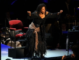 Audra McDonald, Beggar Woman a Sweeney Todd al Avery Fisher de Nova York