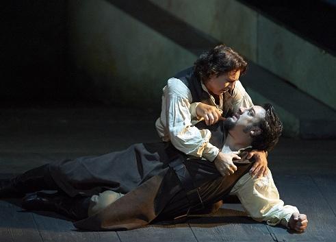 Roberto Alagna i GEorge Petean al Don Carlo a la Staatsoper de Viena. Foto Michael Pöhn / Wiener Staatsoper