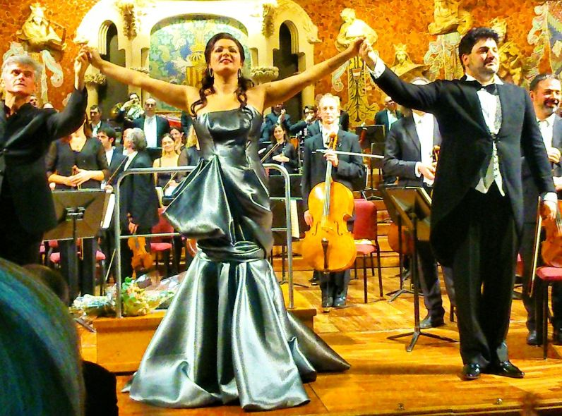 Massimi Zanetti, Anna Netrebko i Yusif Eyvazof al Palau de la Música Catalana el 17 de desembre de 2014. Fotografia IFL