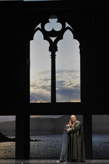 Simone Piazzola i Maria Agresta en el duo de l'acte 1er de Simon Boccanegra. Teatro La Fenice. Foto Michele Crosera
