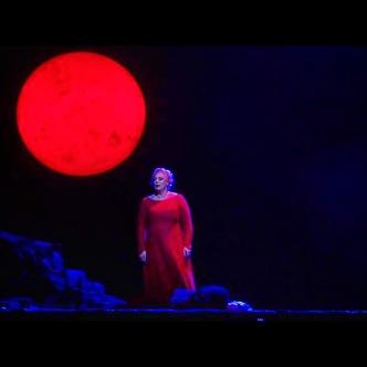 Iréne Theorin (Isolde) a la producció de David McVicar a la Staatsoper de Viena Fotografia Wiener Staatsoper/Michael Pöhn