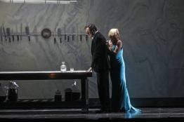 Mikhail Petrenko i Nadja Michael a El castell de Barblava Foto Marty Sohl/Met Opera
