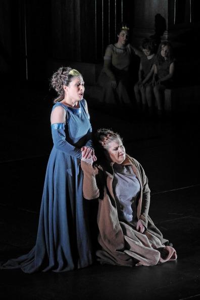 Annalisa Stroppa i Tamara Wilson a la Norma del Liceu 201/2015 Fotografia -® A Bofill