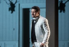Piotr Beczala as Vaudemont in Tchaikovsky's Iolanta. Marty Sohl/Metropolitan Opera