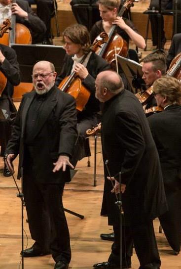 Eric Halfvarson (Fafner) i Peter Rose (Fassolt) a Das Rheingold a Munich