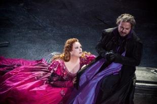 Jessica Pratt i Gianluca Buratto a I Puritani