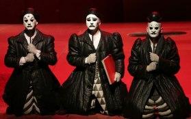 Angelo Veccia, Roberto Covatta, Blagoj Nacoski, Ping, Pang i POng a la Scala. Producció de Nikolaus Lehnhoff