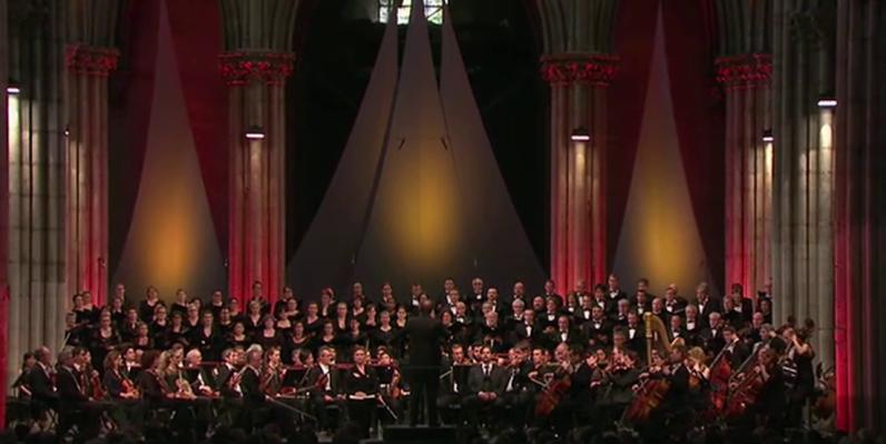 Orchestre National de France i Choeur de Radio France