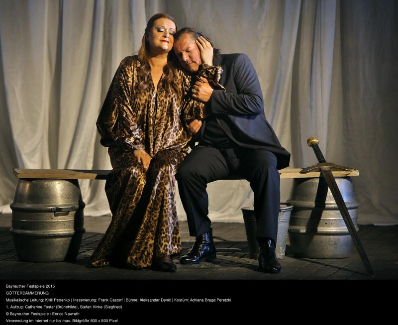 Catherine Foster (Brünnhilde) i Stefan Vinke (Siegfried) al Götterdämmerung de Bayreuth 2015