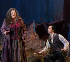 Dolora Zajick i Yonghoon Lee a Il Trovatore al MET Fotografia Marty Sohl/Metropolitan Opera
