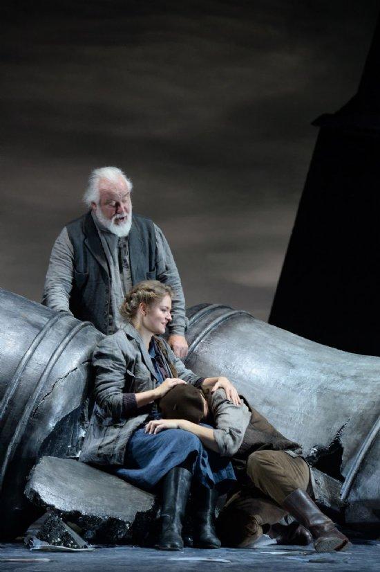 Ivan Susanin a Frankfurt, producció de harry Kupfer Fotografia de Barbara Aumüller/Oper Frankfurt